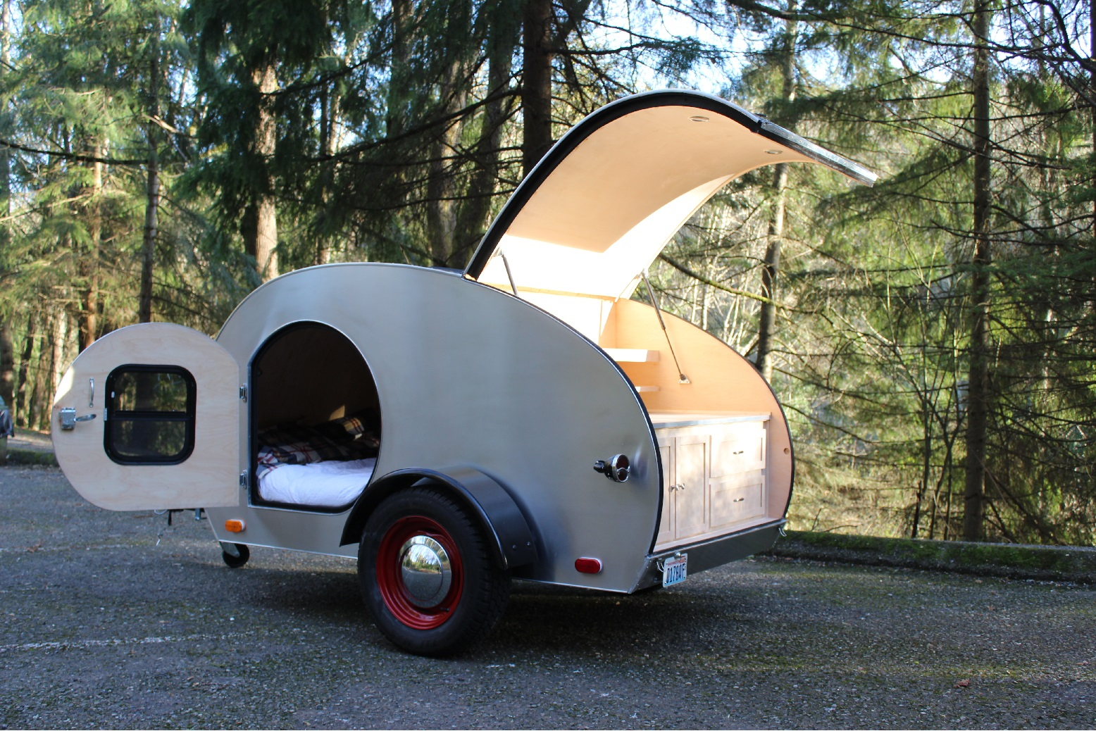 DIY Teardrop Trailer | The Metal Press by onlinemetals com
